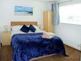 St Winifreds - Anglesey - 20100 - thumbnail photo 11