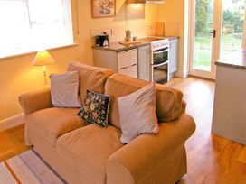 Oke Apple Cottage - Dorset - 20119 - thumbnail photo 3