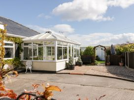 Beach Cottage - North Wales - 20157 - thumbnail photo 2