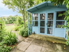 Minffordd Cottage - Mid Wales - 2069 - thumbnail photo 17