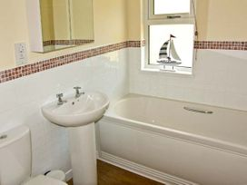 Firs Lodge - South Wales - 21009 - thumbnail photo 7