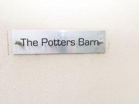 Potters Barn - South Wales - 21298 - thumbnail photo 2