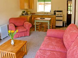 Trout Cottage - Mid Wales - 22184 - thumbnail photo 2