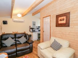 The Log Cabin - Somerset & Wiltshire - 22948 - thumbnail photo 5
