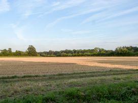 Little Swattesfield Cottage - Suffolk & Essex - 23599 - thumbnail photo 8