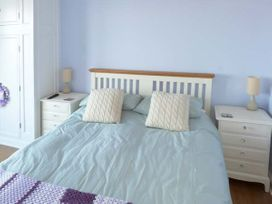 Sea View Cottage - Whitby & North Yorkshire - 23704 - thumbnail photo 8