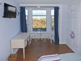 Sea View Cottage - Whitby & North Yorkshire - 23704 - thumbnail photo 9