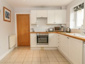 5 Cae Derwydd - Anglesey - 2374 - thumbnail photo 11