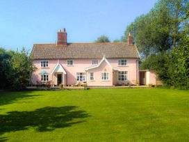 5 bedroom Cottage for rent in Bungay