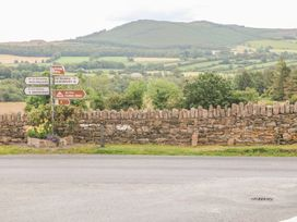 Steepe's Place - South Ireland - 2420 - thumbnail photo 24