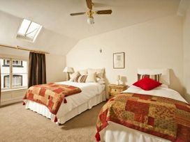The Townhouse Apartment - North Wales - 24280 - thumbnail photo 2