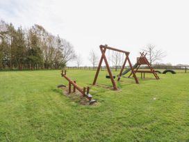 Willow - Norfolk - 24355 - thumbnail photo 16