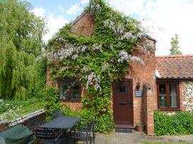Sweet Briar Barn - Norfolk - 24423 - thumbnail photo 1