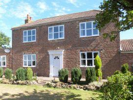 5 bedroom Cottage for rent in York