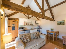 The Byre - Shropshire - 2476 - thumbnail photo 6