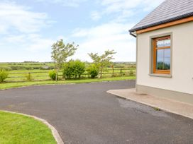 Serene House - County Clare - 2543 - thumbnail photo 29