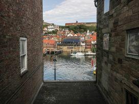 Sea Shanty - Whitby & North Yorkshire - 25583 - thumbnail photo 14