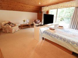 Llys Offa - North Wales - 26828 - thumbnail photo 33