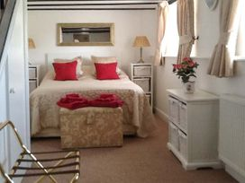 Little Manor Farm Cottage - Whitby & North Yorkshire - 2688 - thumbnail photo 7