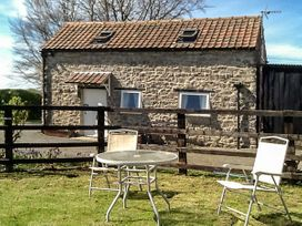 Little Manor Farm Cottage - Whitby & North Yorkshire - 2688 - thumbnail photo 2