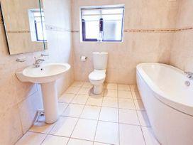 Brookway Lodge - North Wales - 27085 - thumbnail photo 19