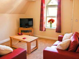 Carisbrooke House, Apartment 6 - Whitby & North Yorkshire - 27709 - thumbnail photo 2