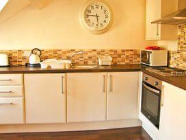 Carisbrooke House, Apartment 6 - Whitby & North Yorkshire - 27709 - thumbnail photo 3