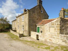 1 Brow Cottages - Whitby & North Yorkshire - 28133 - thumbnail photo 3