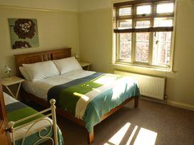 Beaconsfield Cottage - Norfolk - 28623 - thumbnail photo 9