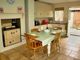 Beaconsfield Cottage - Norfolk - 28623 - thumbnail photo 13