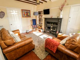 Chapel Cottage - Whitby & North Yorkshire - 28836 - thumbnail photo 2