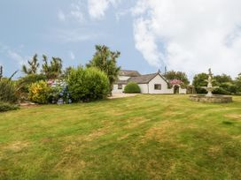 Little Gwaelod - Anglesey - 2889 - thumbnail photo 17