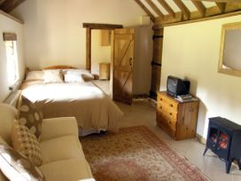 The Stables - Herefordshire - 2893 - thumbnail photo 2