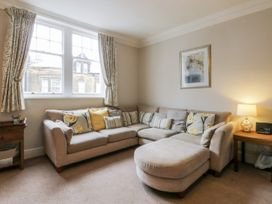 Spa Side Apartment - Whitby & North Yorkshire - 29239 - thumbnail photo 3
