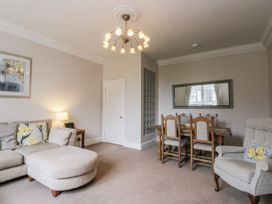 Spa Side Apartment - Whitby & North Yorkshire - 29239 - thumbnail photo 4