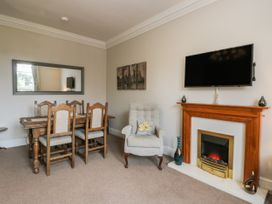 Spa Side Apartment - Whitby & North Yorkshire - 29239 - thumbnail photo 5