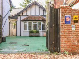Woodend Annexe - Kent & Sussex - 29382 - thumbnail photo 1