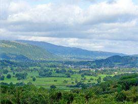 Ty Nant - North Wales - 2987 - thumbnail photo 17