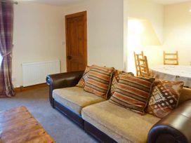 Nia Roo - Scottish Highlands - 30297 - thumbnail photo 3