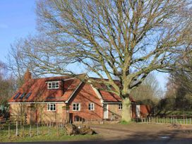 Oak Tree Lodge - Norfolk - 30583 - thumbnail photo 1