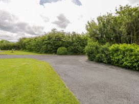 Woodside Chalet - Shancroagh & County Galway - 31225 - thumbnail photo 8