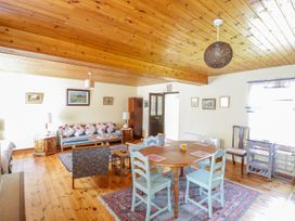Woodside Chalet - Shancroagh & County Galway - 31225 - thumbnail photo 5