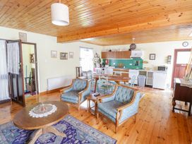 Woodside Chalet - Shancroagh & County Galway - 31225 - thumbnail photo 6