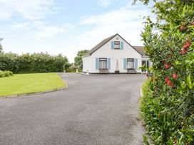 Woodside Chalet - Shancroagh & County Galway - 31225 - thumbnail photo 1