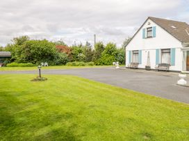 Woodside Chalet - Shancroagh & County Galway - 31225 - thumbnail photo 2