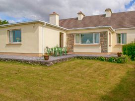 Paddy Staffs Cottage - Shancroagh & County Galway - 3688 - thumbnail photo 12