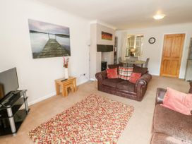No 1 Railway Cottages - North Wales - 3805 - thumbnail photo 4