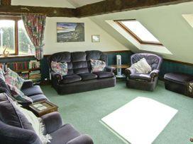 Pendre Apartment (Upstairs) - North Wales - 3931 - thumbnail photo 2