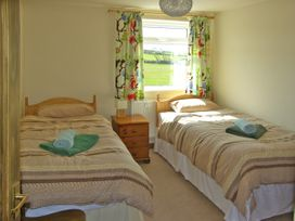The Anchorage - Anglesey - 3935 - thumbnail photo 9