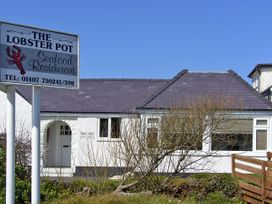 The Anchorage - Anglesey - 3935 - thumbnail photo 11